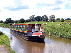 hire boat holiday in Warwickshire