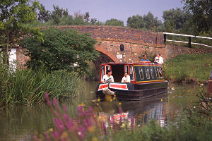 hire boat holidays starting from Gailey in Staffordshire